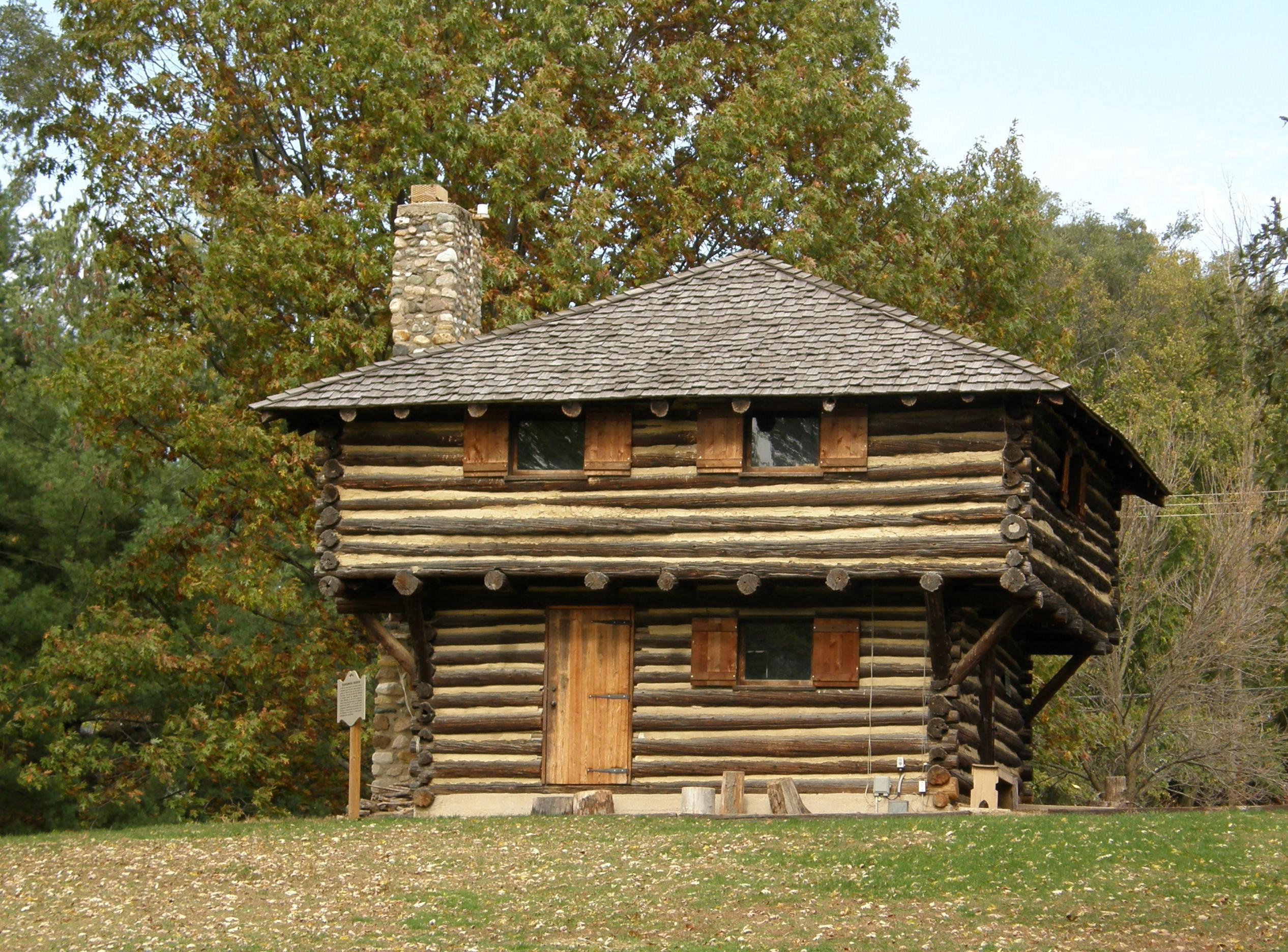 Fort_Ouiatenon_blockhouse_front
